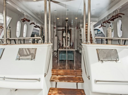 M/Y blue Horizon dive deck, liveaboard equipment storage