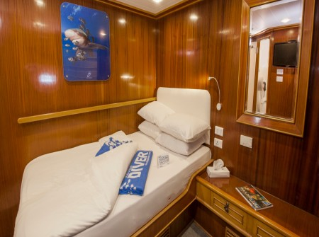 Double cabin aboard M/Y blue Melody liveaboard diving vessel