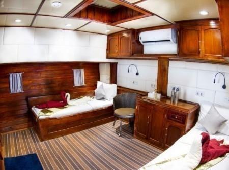Indo Siren Cabin 6