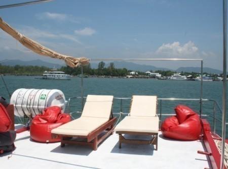 Upper deck sun beds