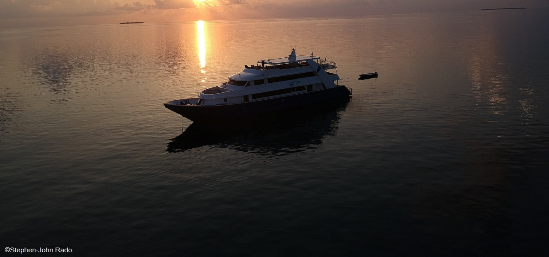 blue Voyager sunset, Maldives. Credit to Stephen-John Rado